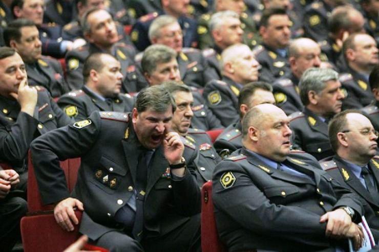 Работа в полиции для девушек вакансии ульяновск девушка предлагает работу