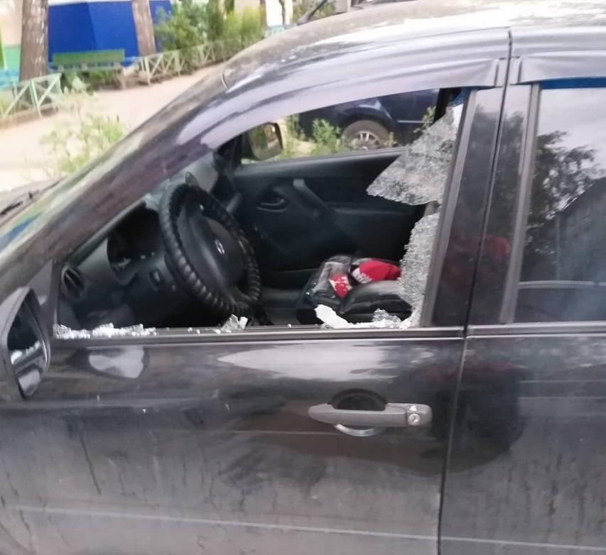 Украли из машины регистратор зеркало заднего вида с регистратором андроид