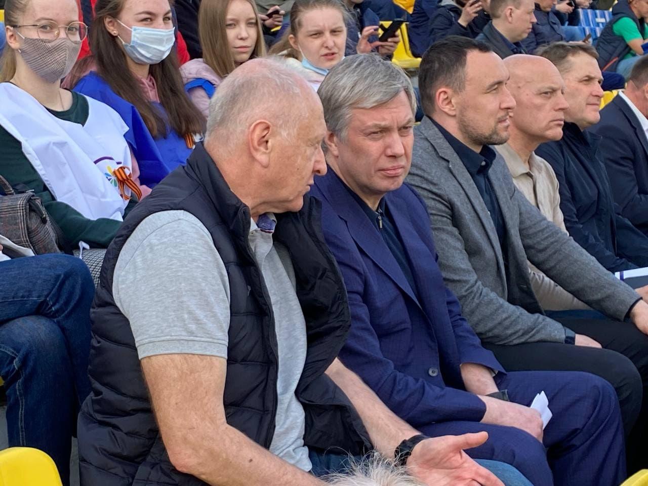 Патриот Русских. Болеет за «Спартак» и скоро сам выйдет на поле