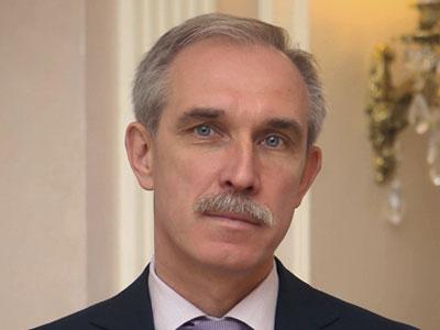 Министрам урежут зарплаты. В Ульяновской области меняют систему премирования чиновников