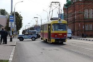 Движение в центре Ульяновска было парализовано из-за пустой коробки