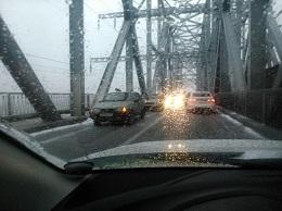 Снегопады парализовали Ульяновск. Город настиг транспортный коллапс