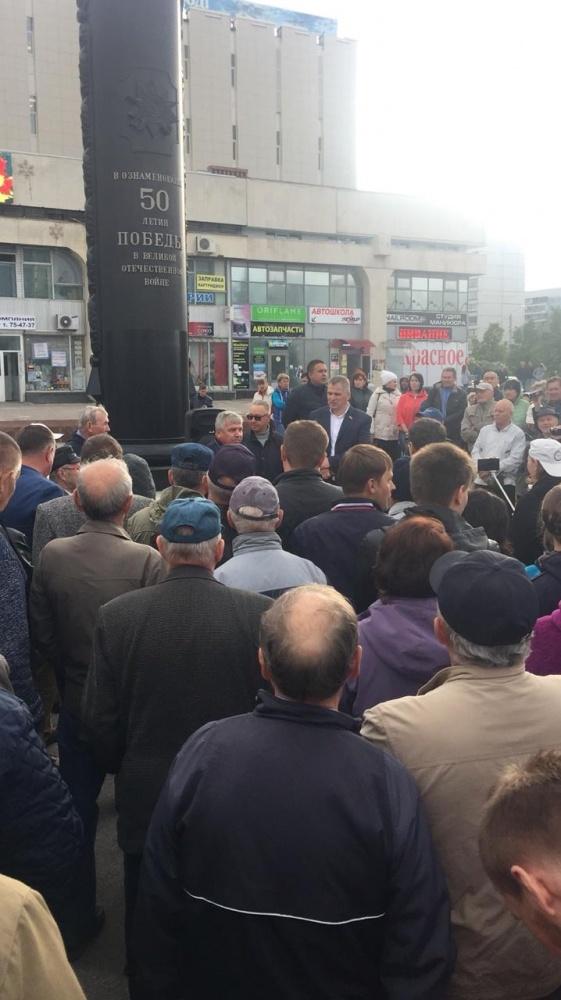 Противников мусорной реформы в Заволжье встретили с автоматами