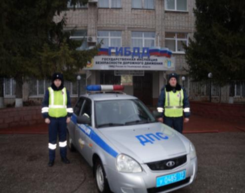 Инспекторы ДПС помогли автоледи, у которой ночью ульяновской на трассе заглохла машина
