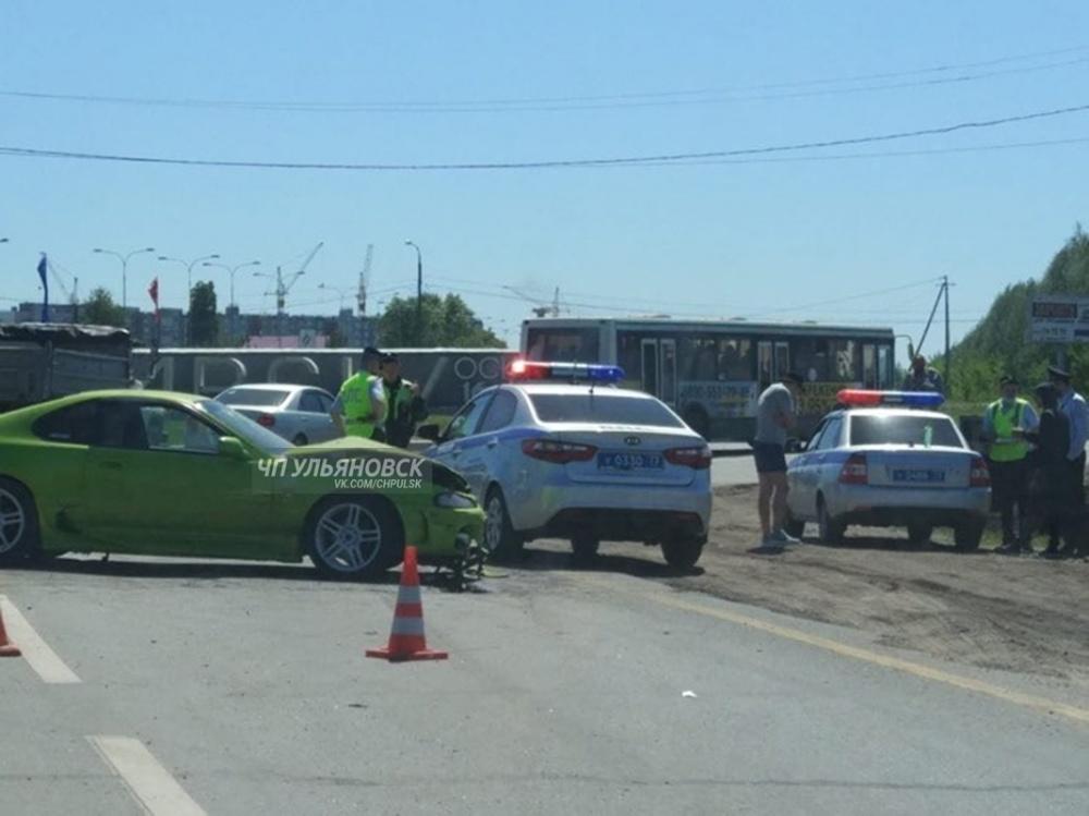 Водитель без прав устроил крупное ДТП на Московском шоссе: трое пострадавших