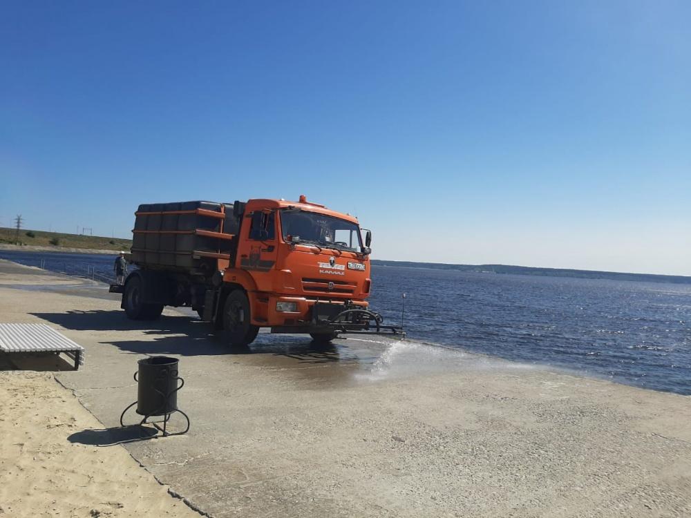 В Ульяновске продолжается санобработка общественных пространств от коронавируса