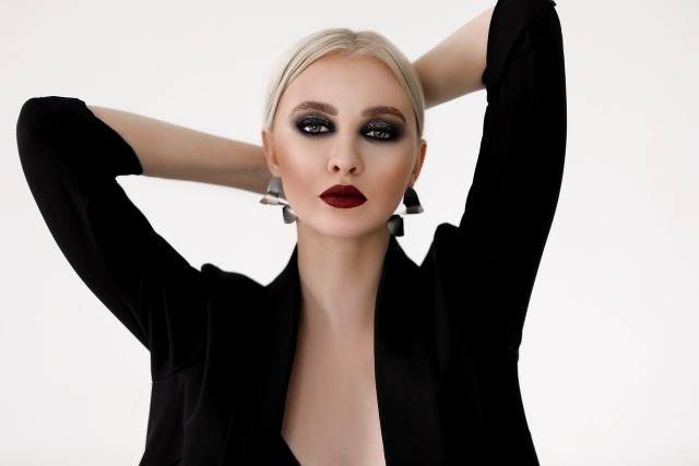 Работа девушке моделью тетюши девушка работу в петропавловске