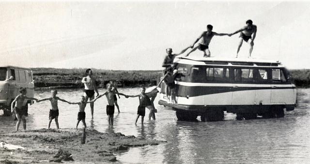 Интересные факты из60-летней истории УАЗ-450— У «Буханки» юбилей