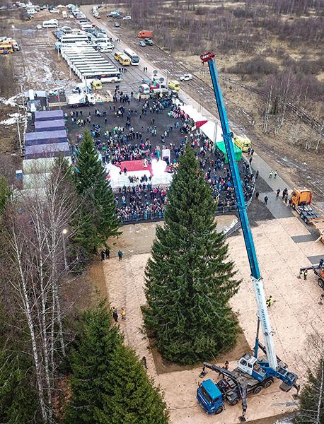 МегаФон развернул мобильную базовую станцию на празднике в честь Кремлёвской ёлки